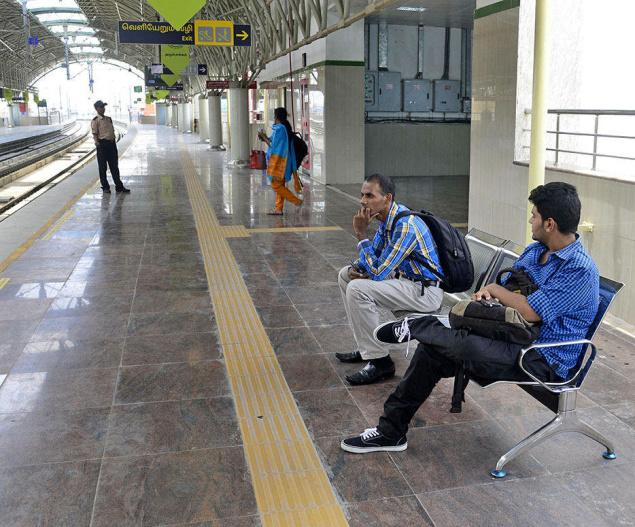 12APRSTS01_Mini_CH_2812154f Mini shopping malls at Metro stations soon - The Hindu