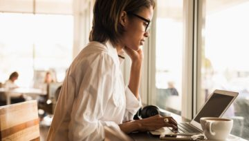 5 quick ways to make yourself more hireable this week